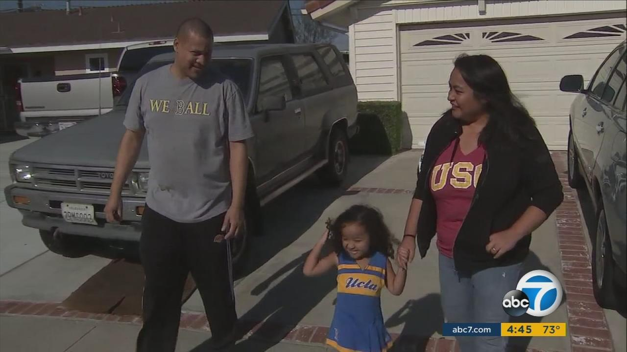 111517-kabc-4pm-family-divided-vid