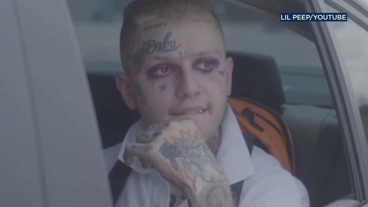 Rapper Lil Peep is see in a YouTube video.