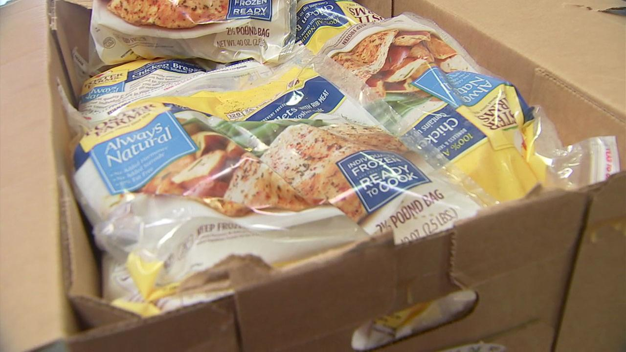 Foster Farms donated more than 25,000 pounds of chicken to the FOOD Share of Ventura County to help the victims of the Thomas Fire.