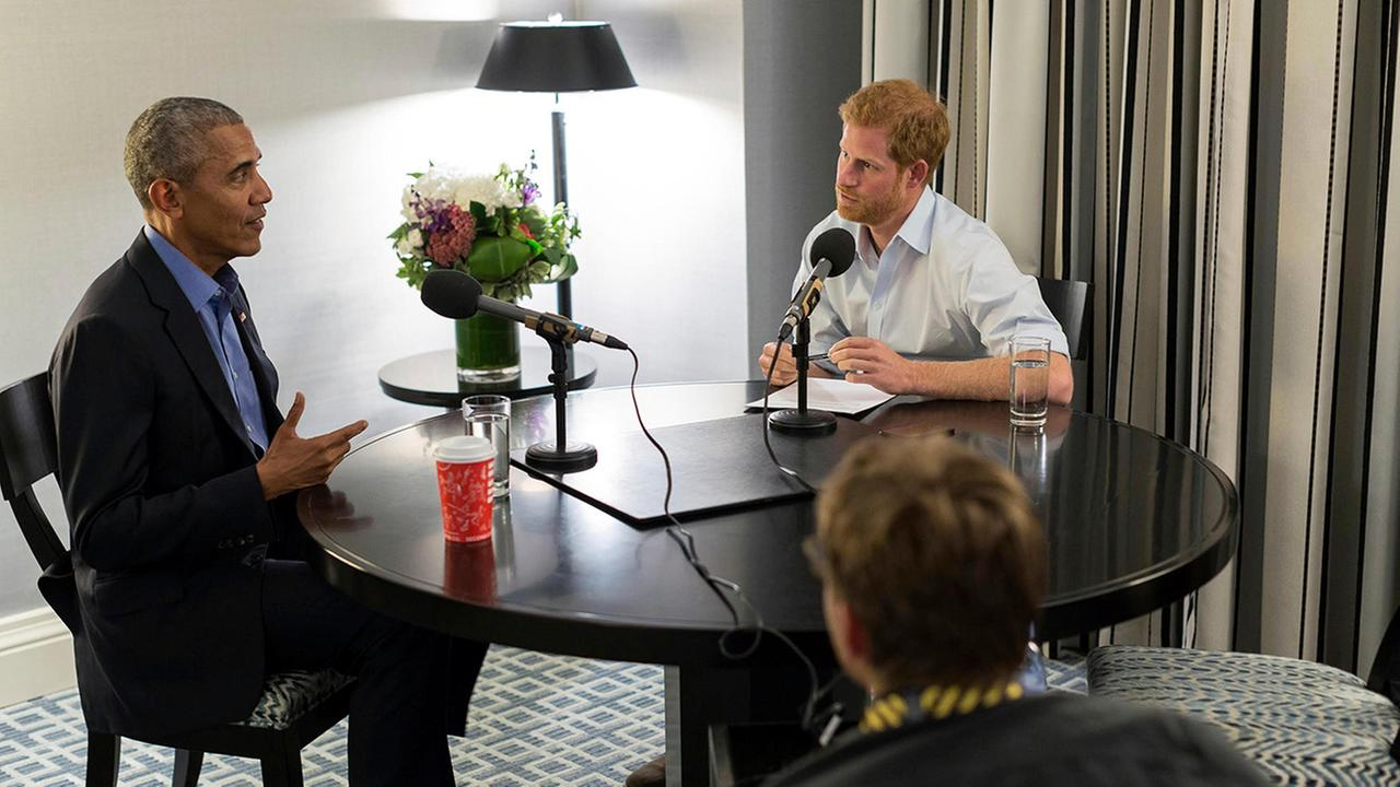 Britains Prince Harry, right, interviews former President Barack Obama as part of his guest editorship of BBC Radio 4s Today programme which is to be broadcast on Dec. 27, 2017.