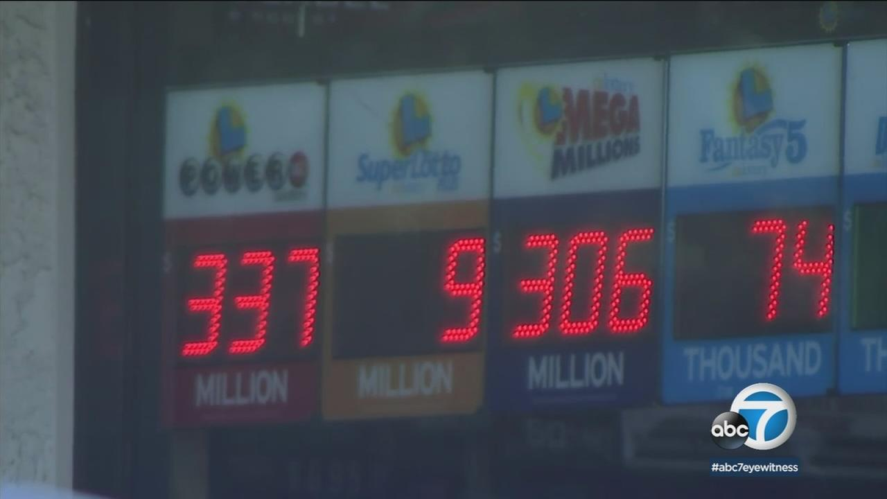 A 7-Eleven in Chino Hills displays Powerball and Mega Millions jackpots on Wednesday, Jan 27, 2017.