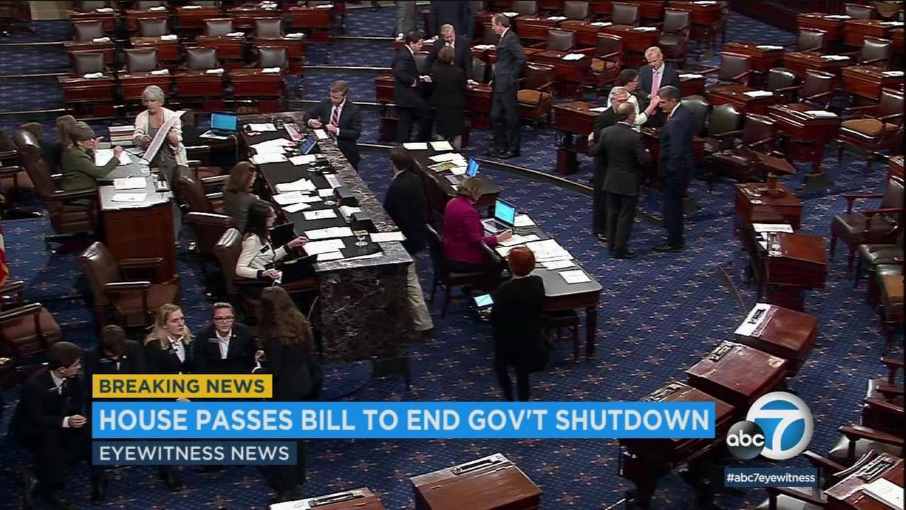 Congress has approved a bipartisan agreement to re-open the federal government after a three-day partial shutdown.
