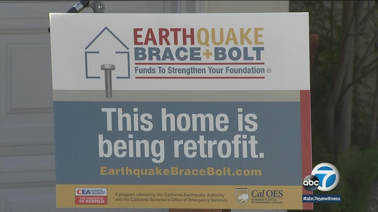 A $3,000 grant from the state is helping homeowners retrofit their houses to prepare for a big earthquake.