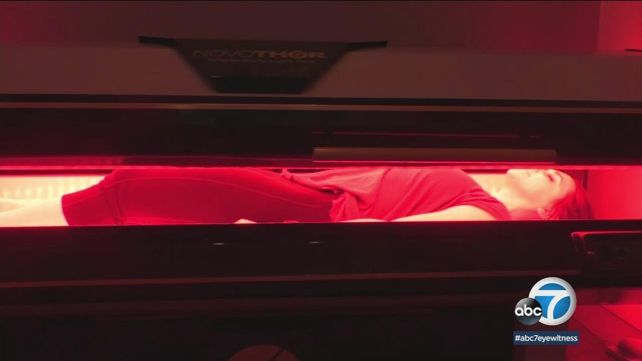 There are now beds created for red and nearly infrared lights that help reduce pain and inflammation.