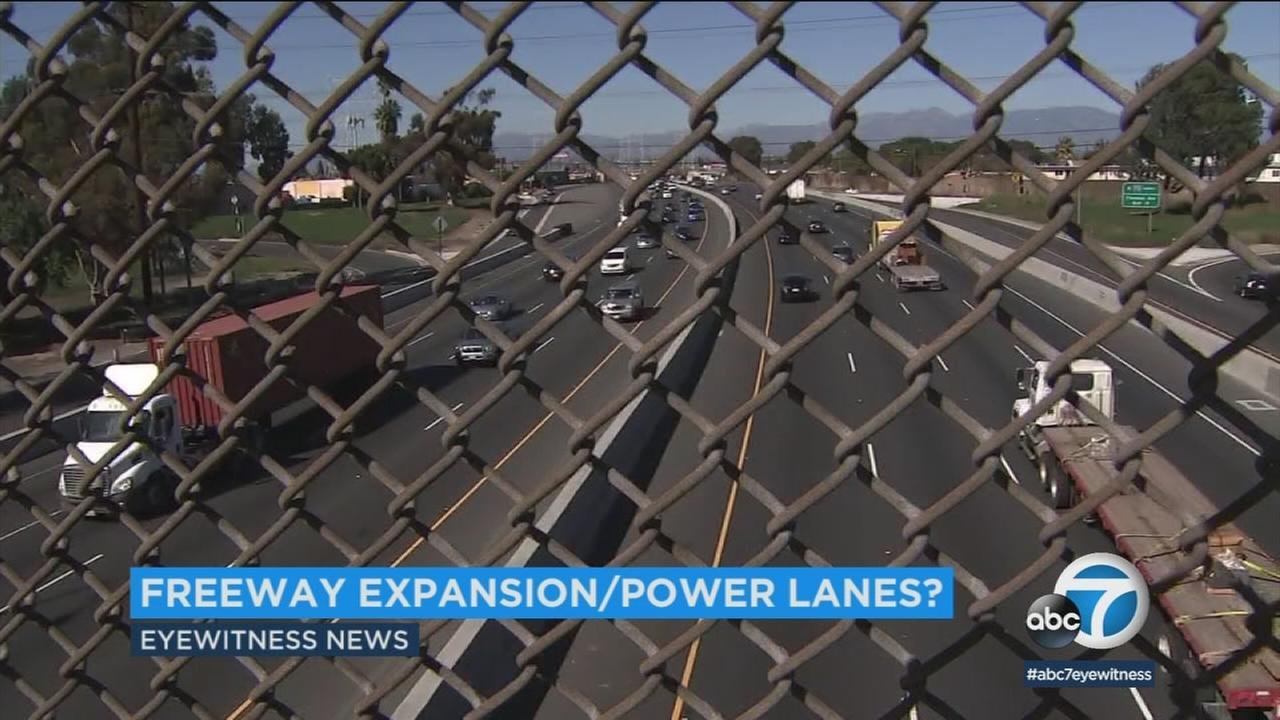 A $6 billion proposal to add lanes to the 710 Freeway now has an environmental twist to it: a source of electricity embedded in the pavement to power electric cars.