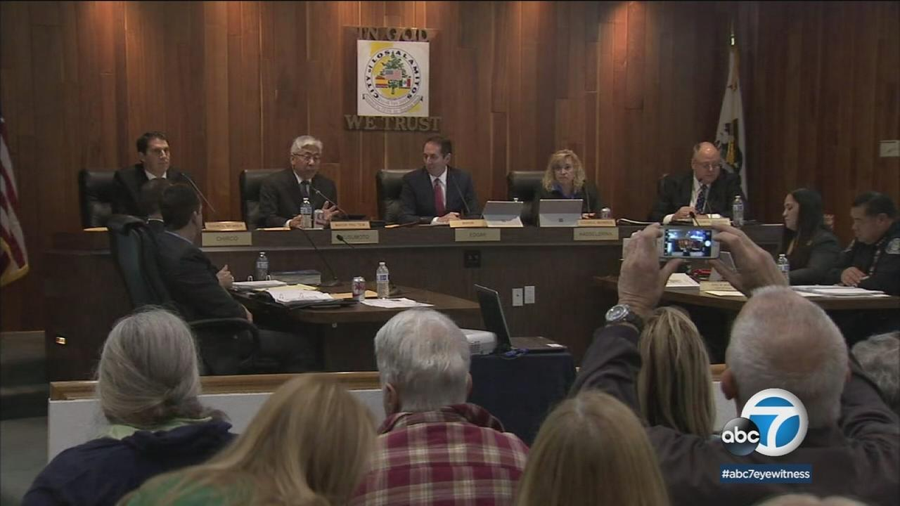 The Los Alamitos City Council is shown approving an ordinance to opt out of Californias so-called sanctuary state law.
