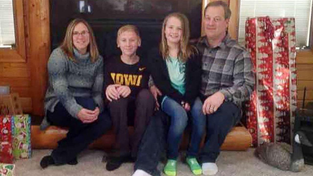 Investigators say the bodies of an Iowa couple and their two children have been found in a rented condo in Mexico.