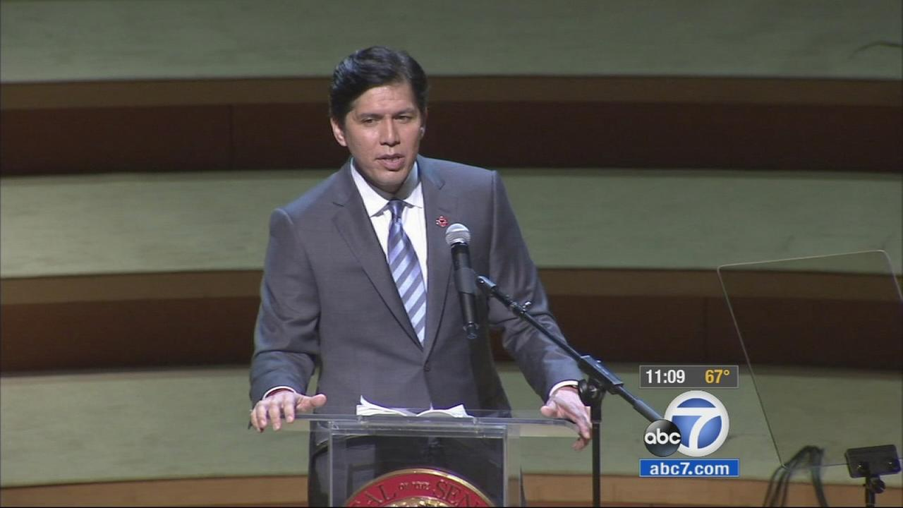 Kevin de Leon gives a speech at his inauguration into state Senate on Wednesday, Oct. 15, 2014.