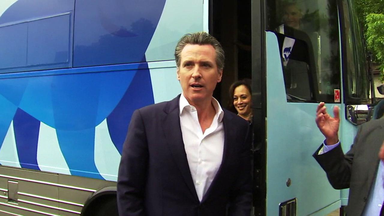 Democratic gubernatorial frontrunner Gavin Newsom campaigned in Burbank accompanied by Sen. Kamala Harris.