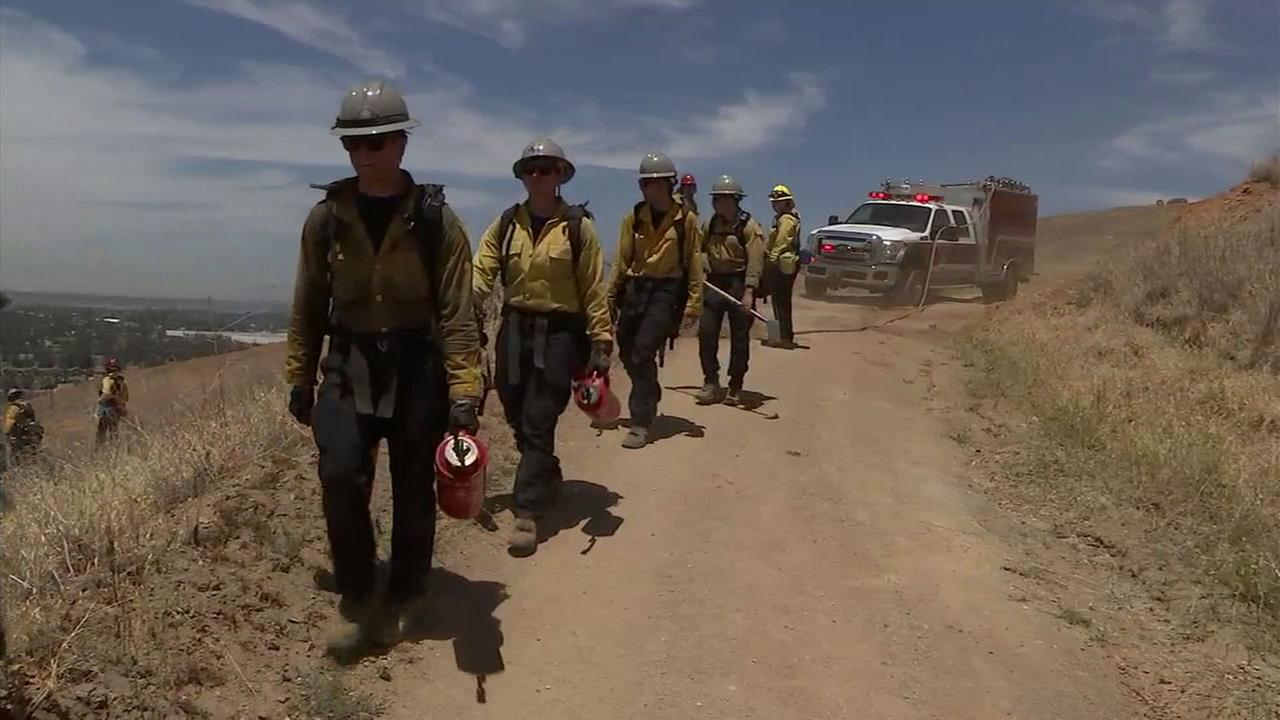 San Bernardino firefighters train to handle the upcoming wildfire season.