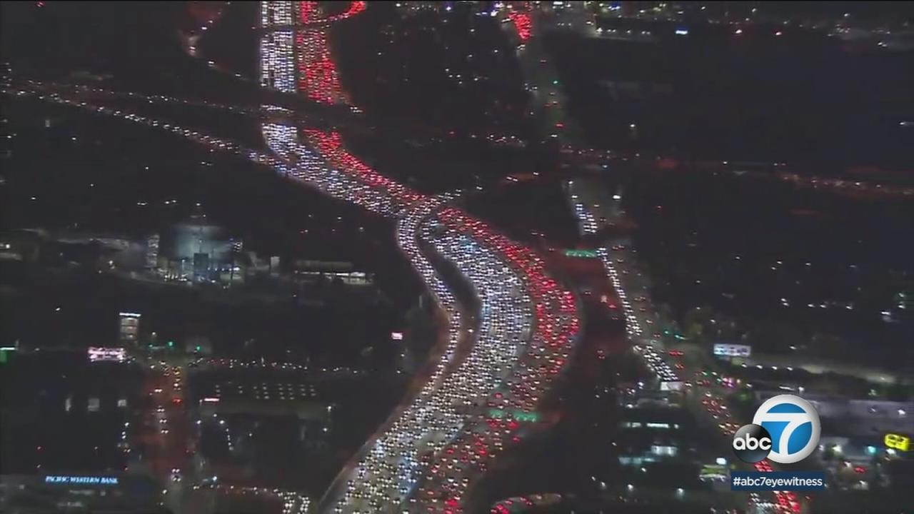 A congested 405 Freeway is shown in a photo.