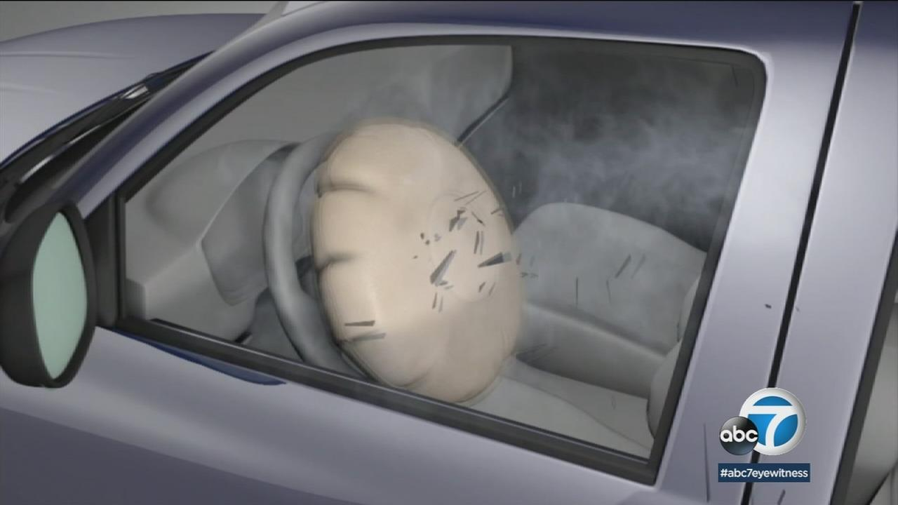 An outreach effort in California warning of potentially deadly defective airbags kicked off on Monday.