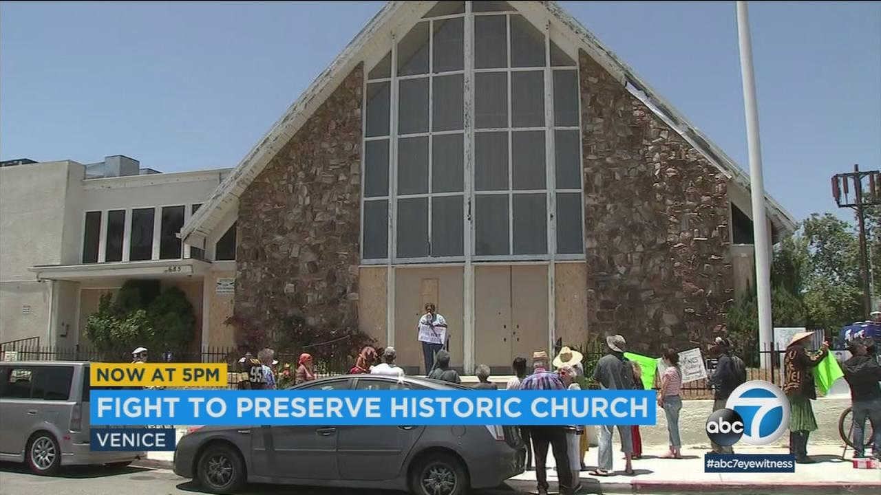 Community activists came out again this weekend to stop developers from turning the old First Baptist Church of Venice into a private residence.
