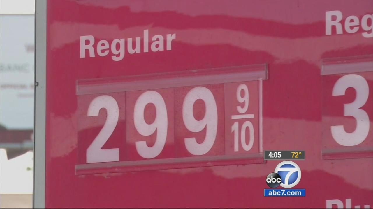 Gas prices in the Southland dipped to their lowest levels since February 2011, with prices under $3 a gallon in some places.