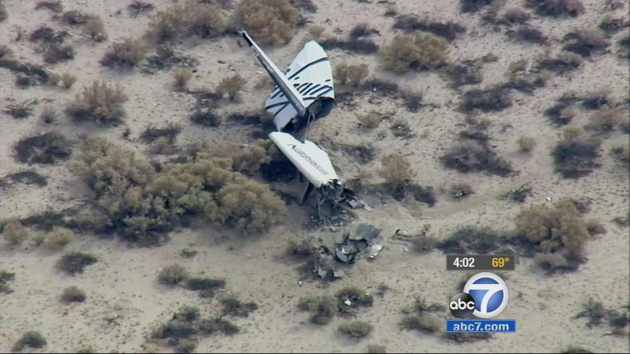 Virgin Galactics SpaceShipTwo space tourism rocket exploded in flight over the Mojave Desert, according to a witness, killing one person and injuring another.