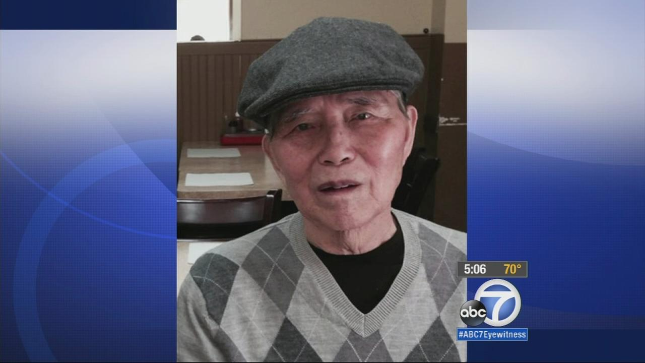 The Orange County Sheriffs Department is looking for an elderly man with Alzheimers disease who went missing over the weekend.