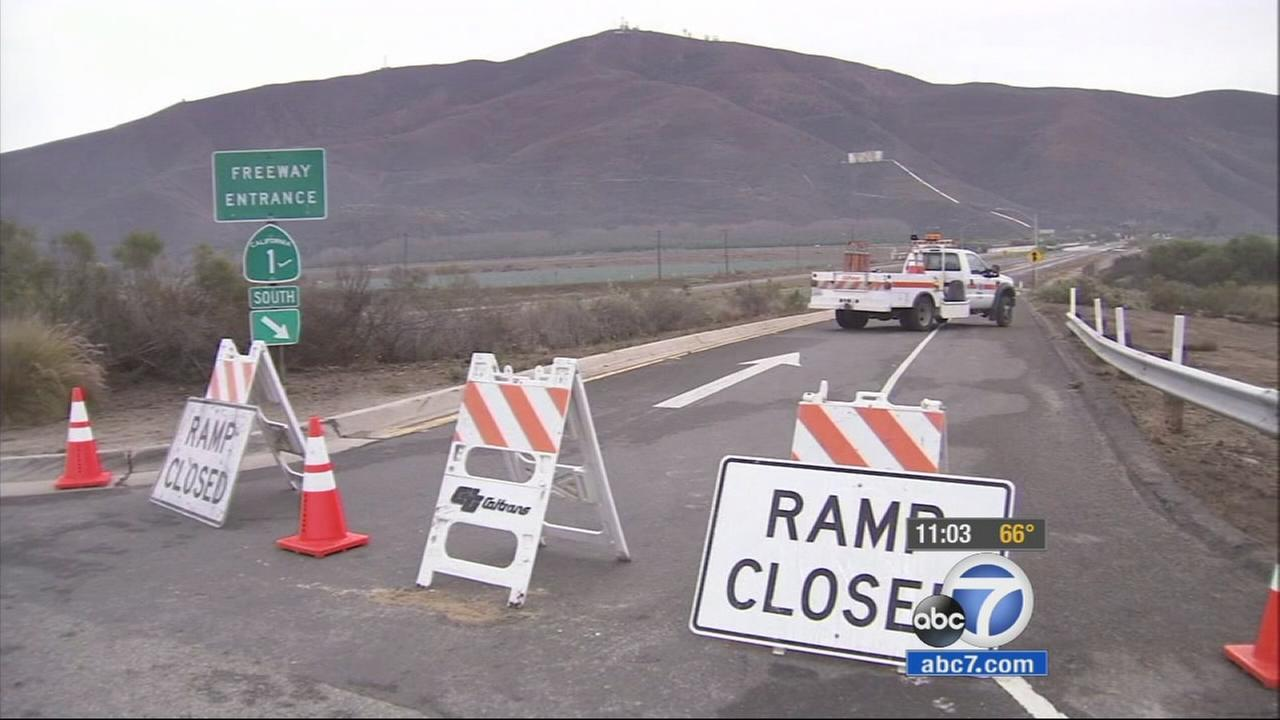 Rockslides close PCH in Ventura County