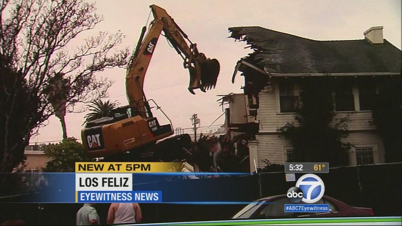 The historic Oswald Bartlett house in Loz Feliz was demolished today despite residents request to preserve the 100-year-old property.