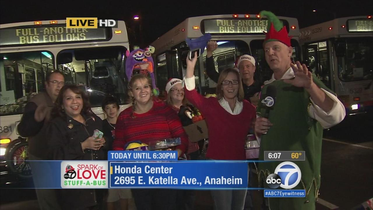 121914-kabc-6pm-oc-stuff-a-bus-vid