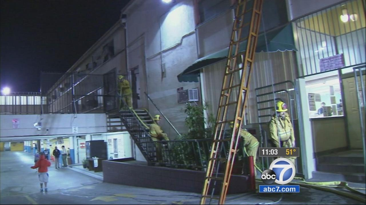 A motel fire in Los Angeles Westlake district left six people injured on Christmas Day.