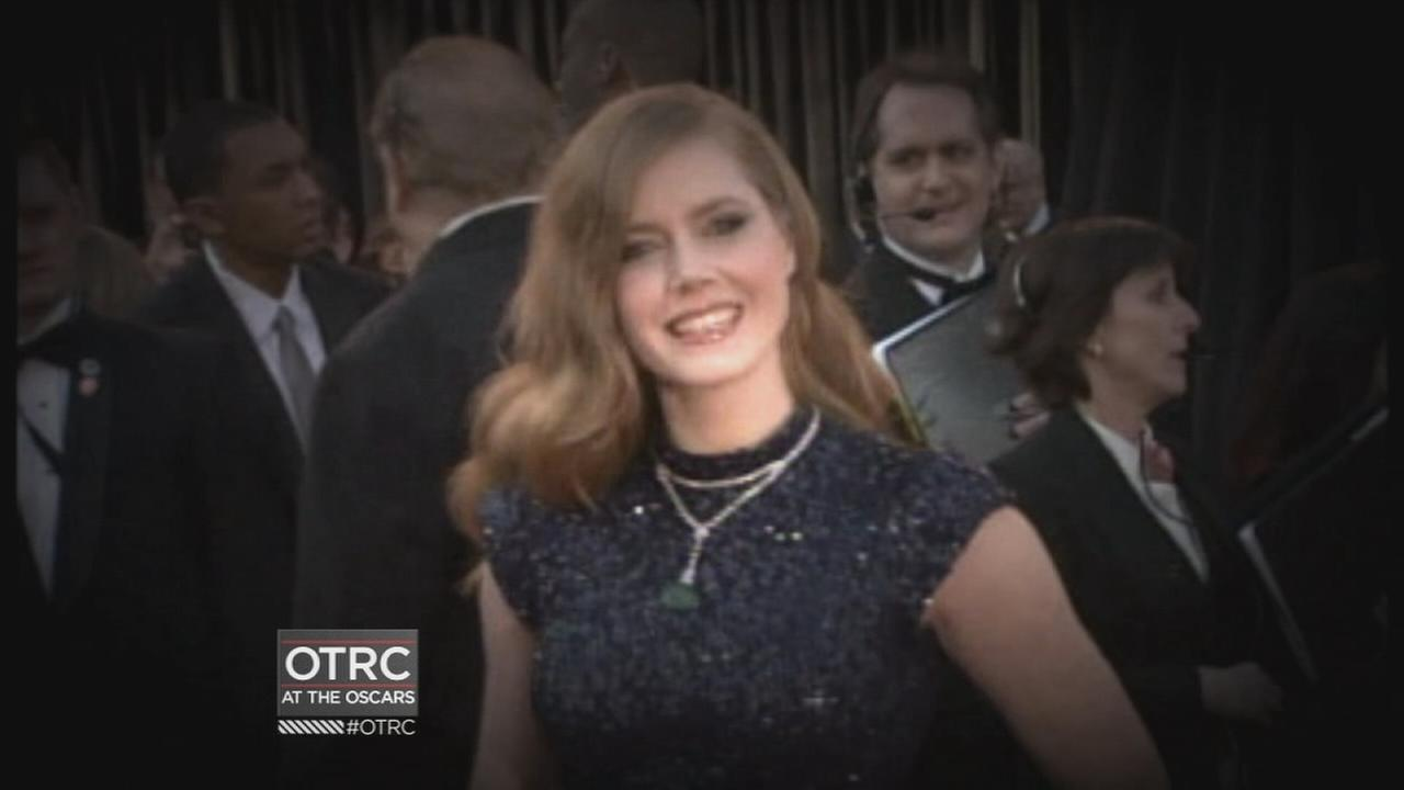 kabc-awards-oscars-amy-adams-fashion-vid