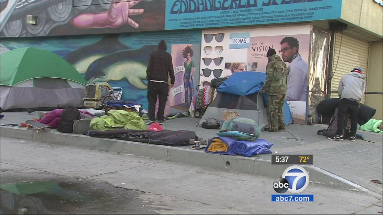 In the last year, Los Angeles police officers have worked together with a nonprofit group to help the homeless rebuild their lives.