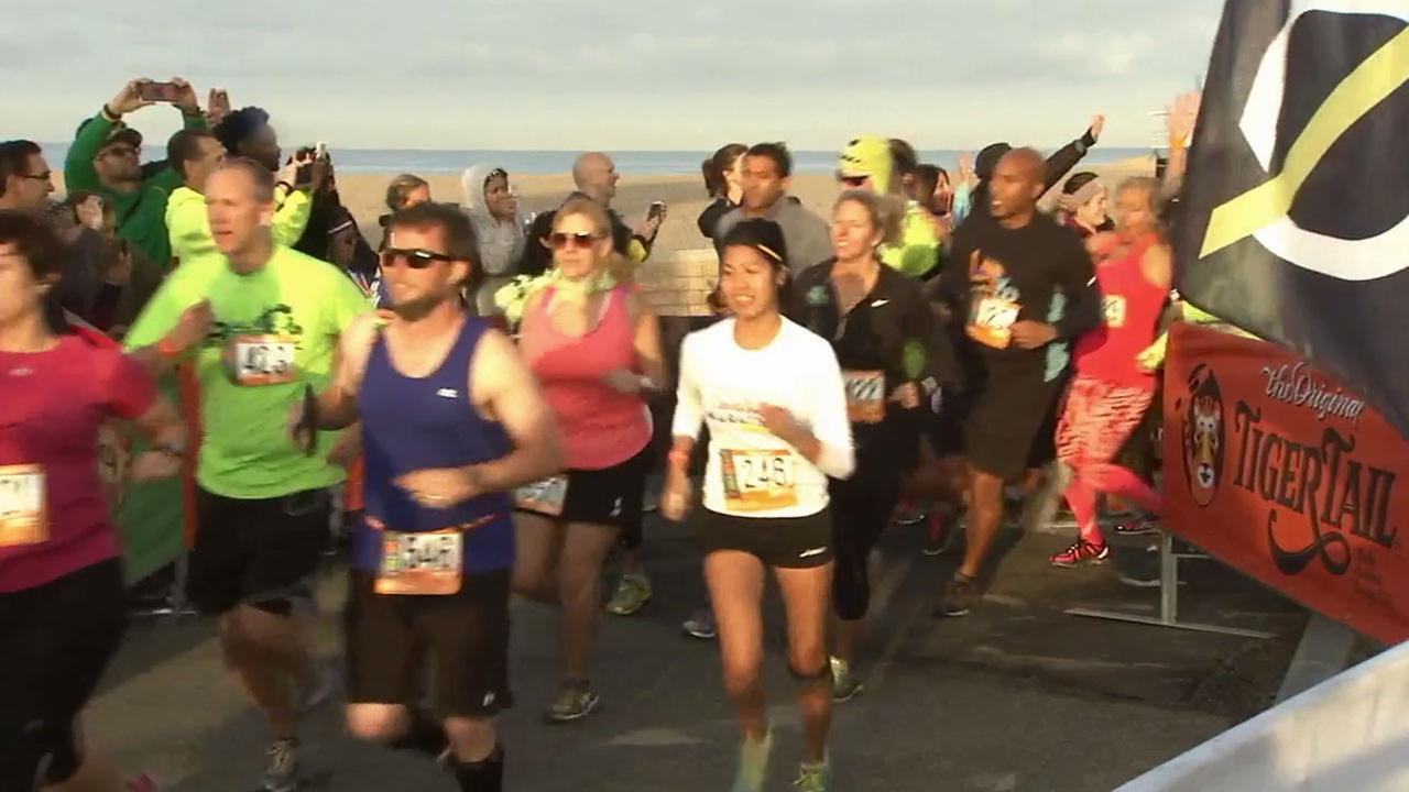 Phillip Palmer and a group of friends are running from Huntington Beach to San Diego as a way to raise awareness for organ donations.