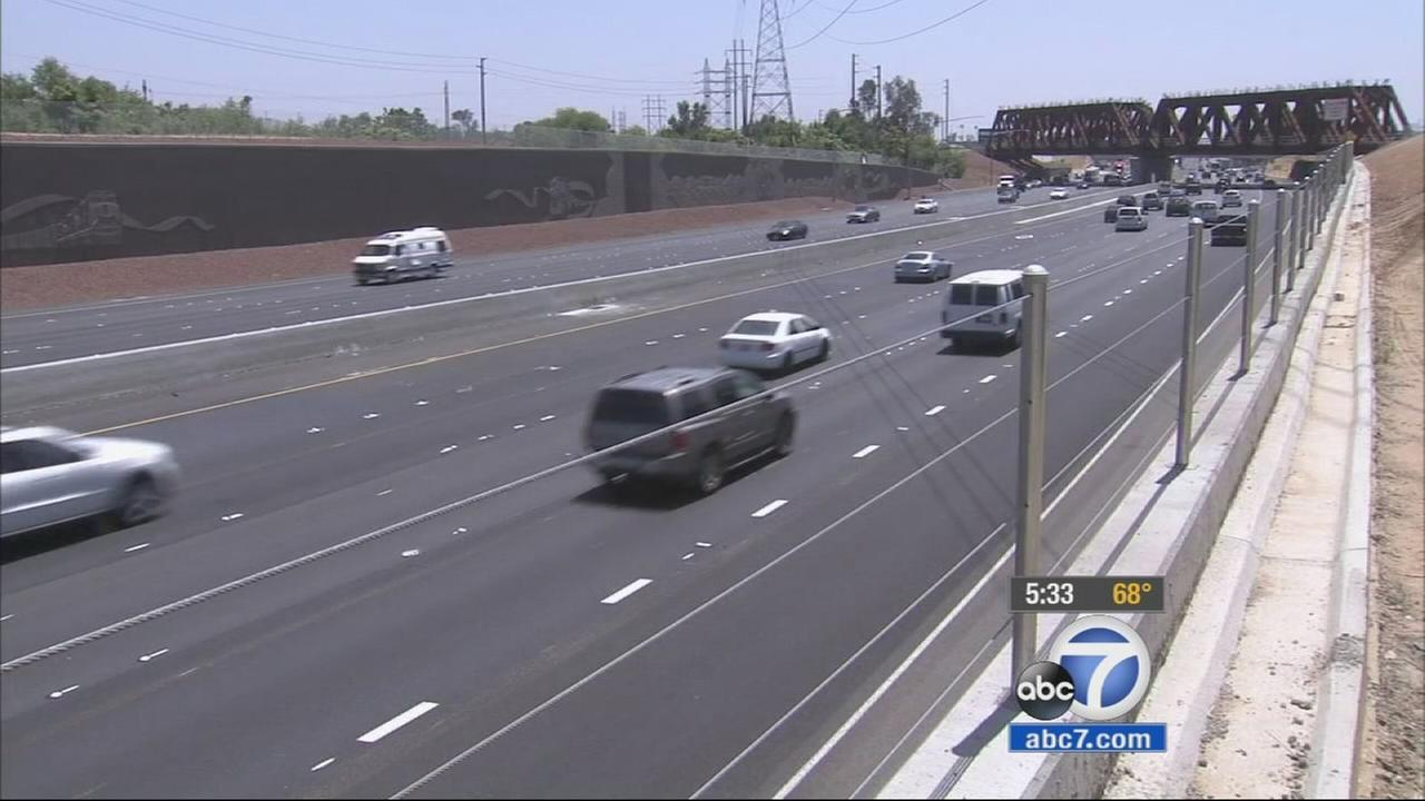 Its a project thats taken more than two years to complete but the long-anticipated opening of the 215 freeway carpool lanes from San Bernardino County has arrived.