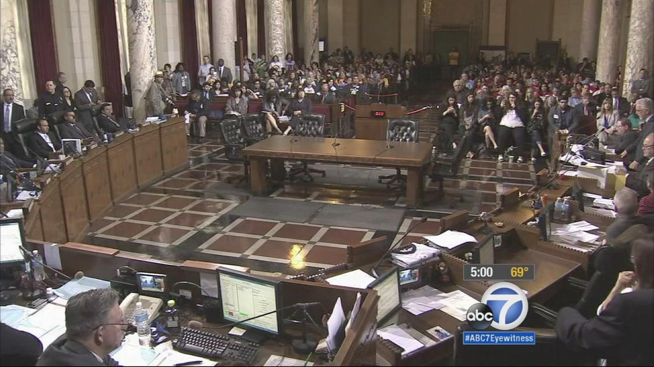 The Los Angeles City Council on Wednesday voted 13-1 to raise the minimum wage to $15 an hour. The measure still needs a second vote and the mayors signature.
