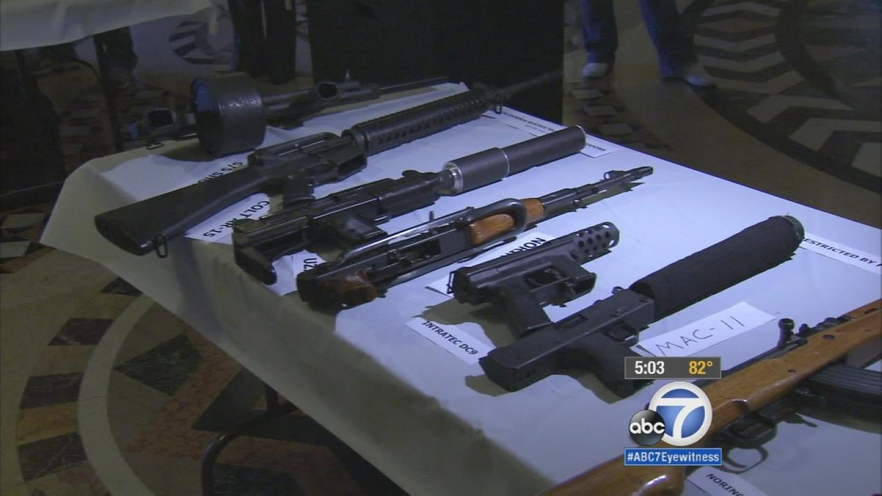 For a second time in as many weeks, the Los Angeles City Council is pushing another gun ordinance.