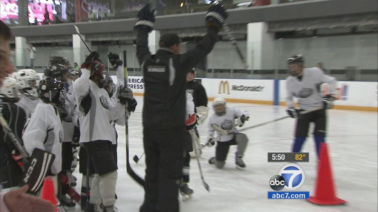The Los Angeles Kings welcomed a group of youngsters to the ice for their annual kids summer camp.