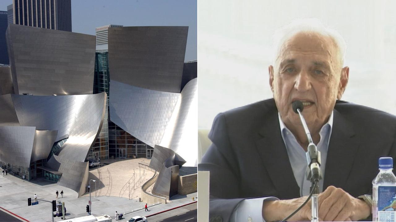Architect Frank Gehry speaks during a news conference in September 2015.