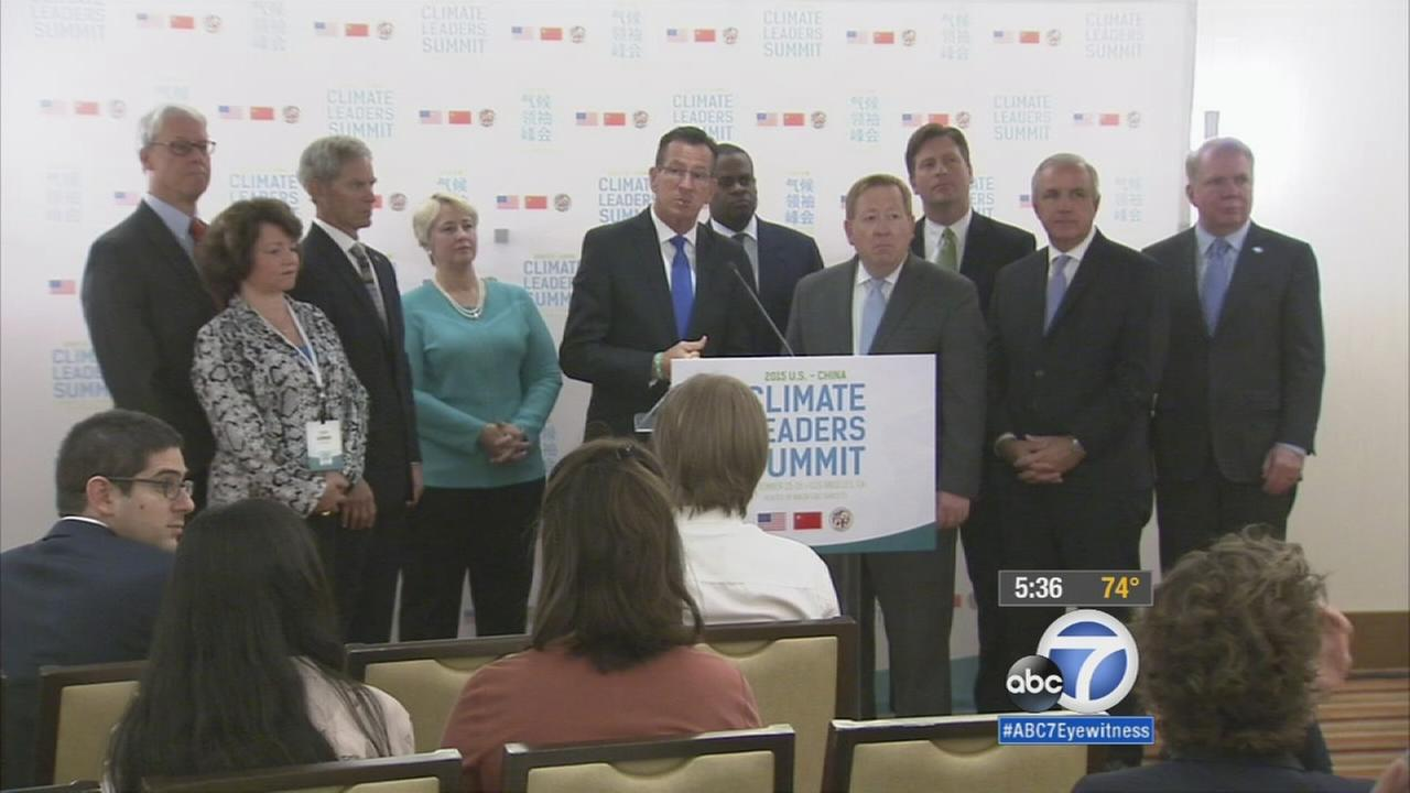 Leaders from across the United States me with leaders from China in Los Angeles to sign a landmark agreement to cut emissions.