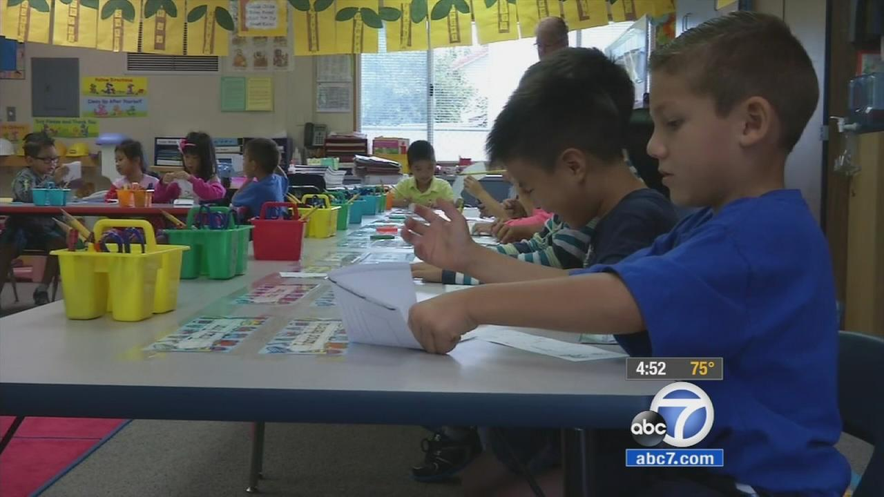 Students prepare to learn in a dual-immersion class in Midway City.