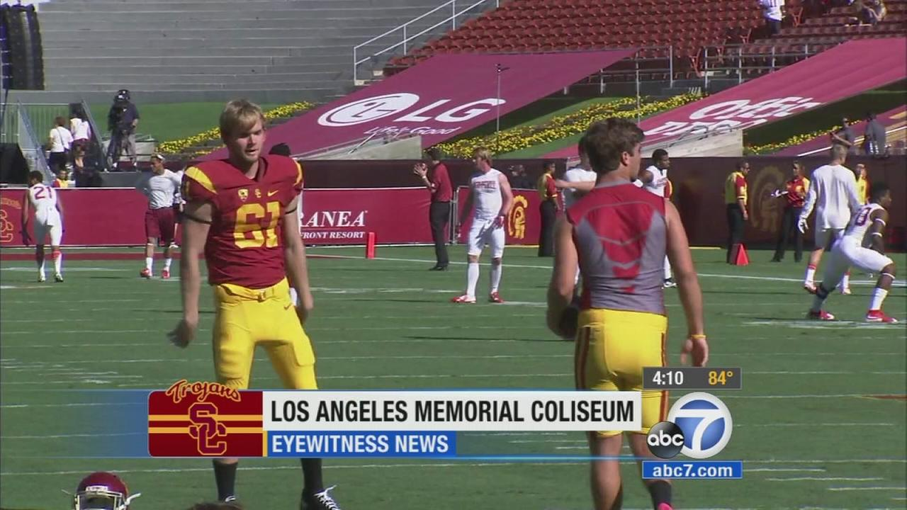 Blind athlete joins USC football team, could play in game this season