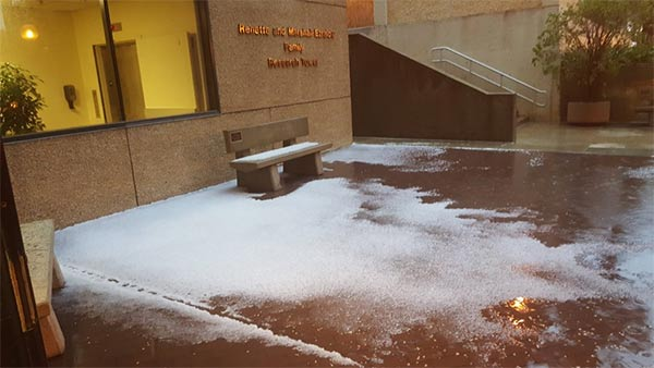 <div class='meta'><div class='origin-logo' data-origin='KABC'></div><span class='caption-text' data-credit='Twitter / montebelo123'>An ABC7 viewer shared this photo of hail on the USC campus on Monday, March 7, 2016.</span></div>