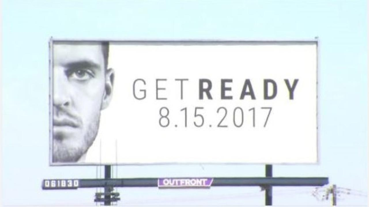 Derek Carr billboard leaves many drivers wondering