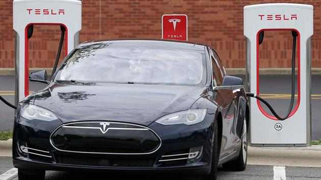 Tesla Motors Fires Hundreds Of Workers As Company Pressured To - About tesla motors