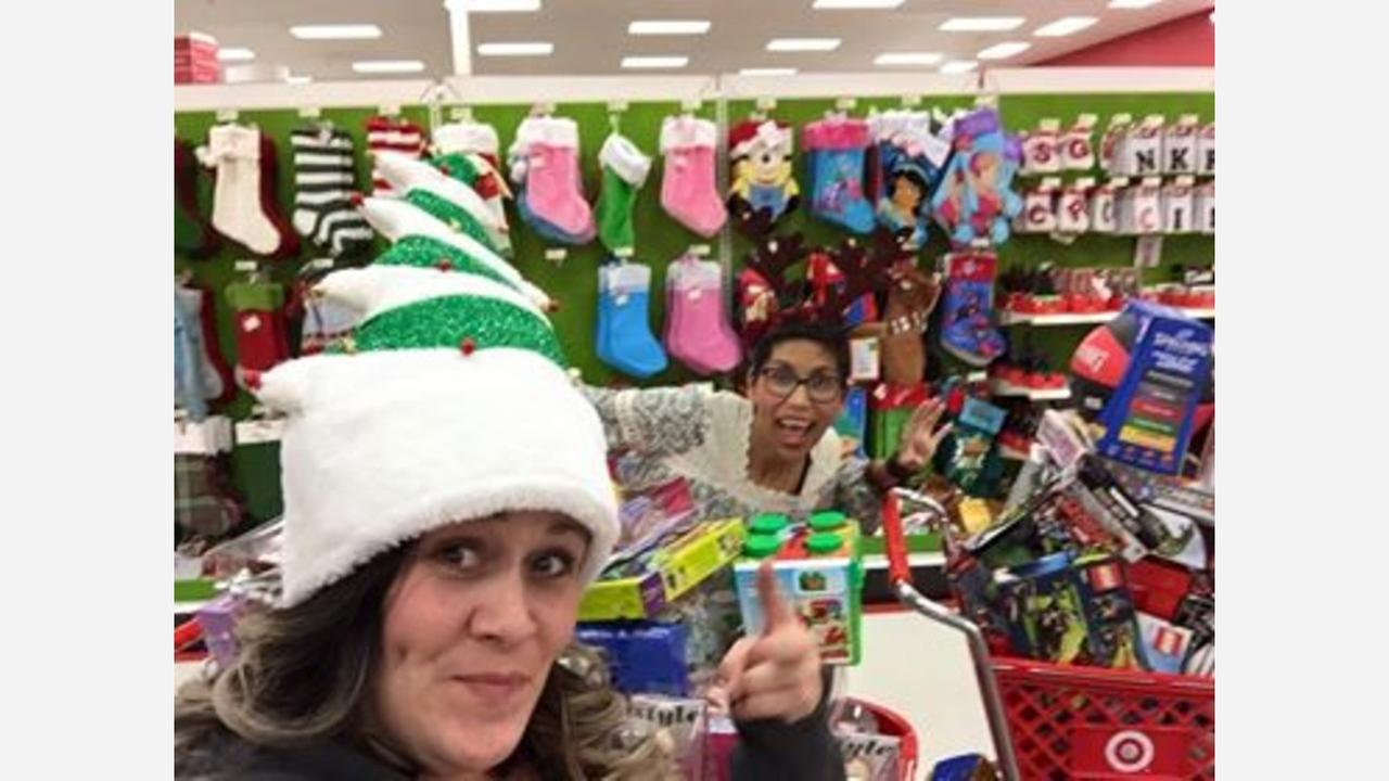 Kingsburg volunteers go extreme shopping for families in need