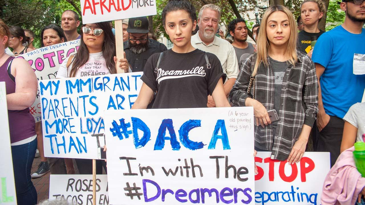 Citizenship and Immigration Services return to accepting DACA requests