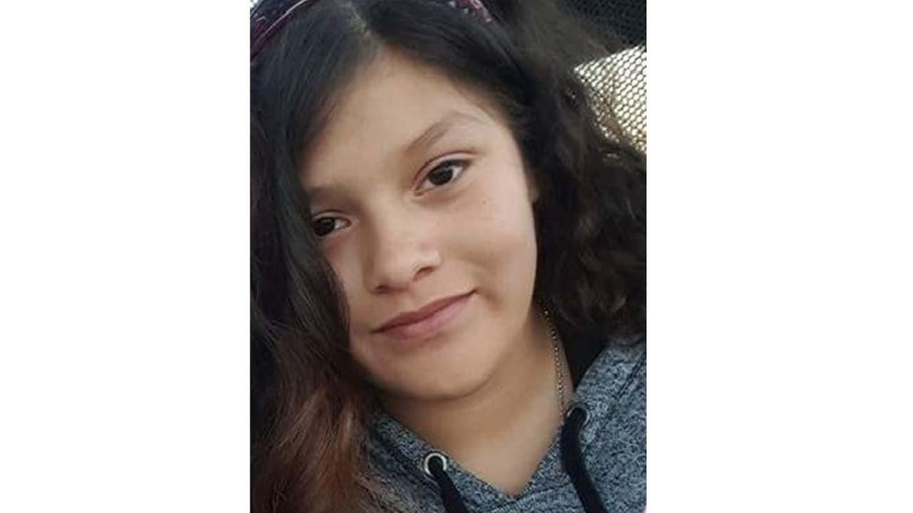 Parlier Police searching for 14-year-old missing girl