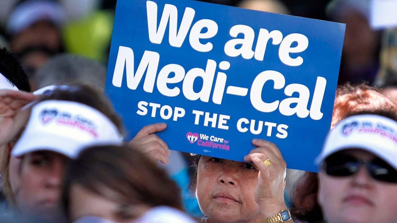 Judge says LA County wrongly booted thousands off Medi-Cal