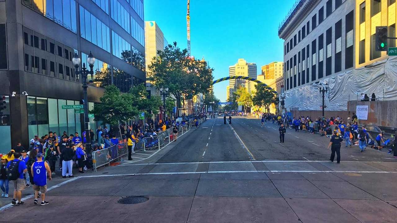 WATCH LIVE Streets of Oakland abuzz as Warriors fans celebrate