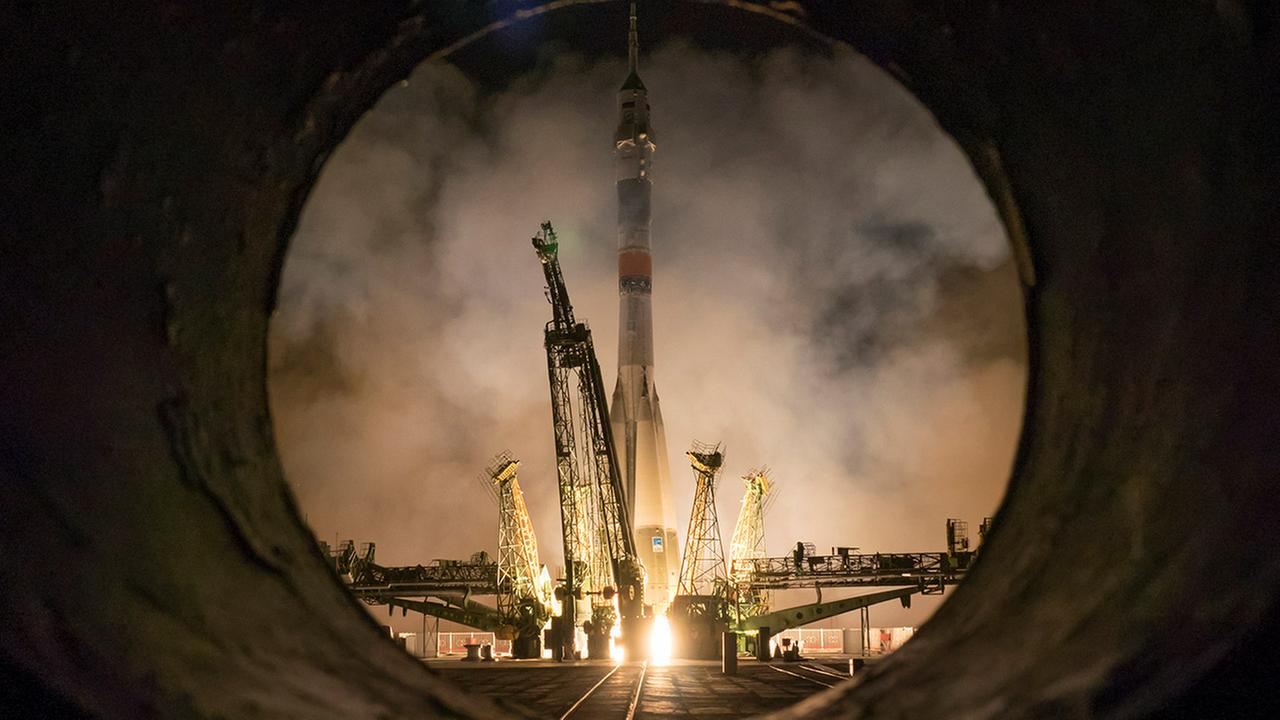 The Soyuz-FG rocket booster with Soyuz TMA-16M space ship carrying a new crew to the International Space Station, ISS, blasts off at the Russian leased Baikonur cosmodrome, Kazakhstan, Saturday, March 28, 2015.