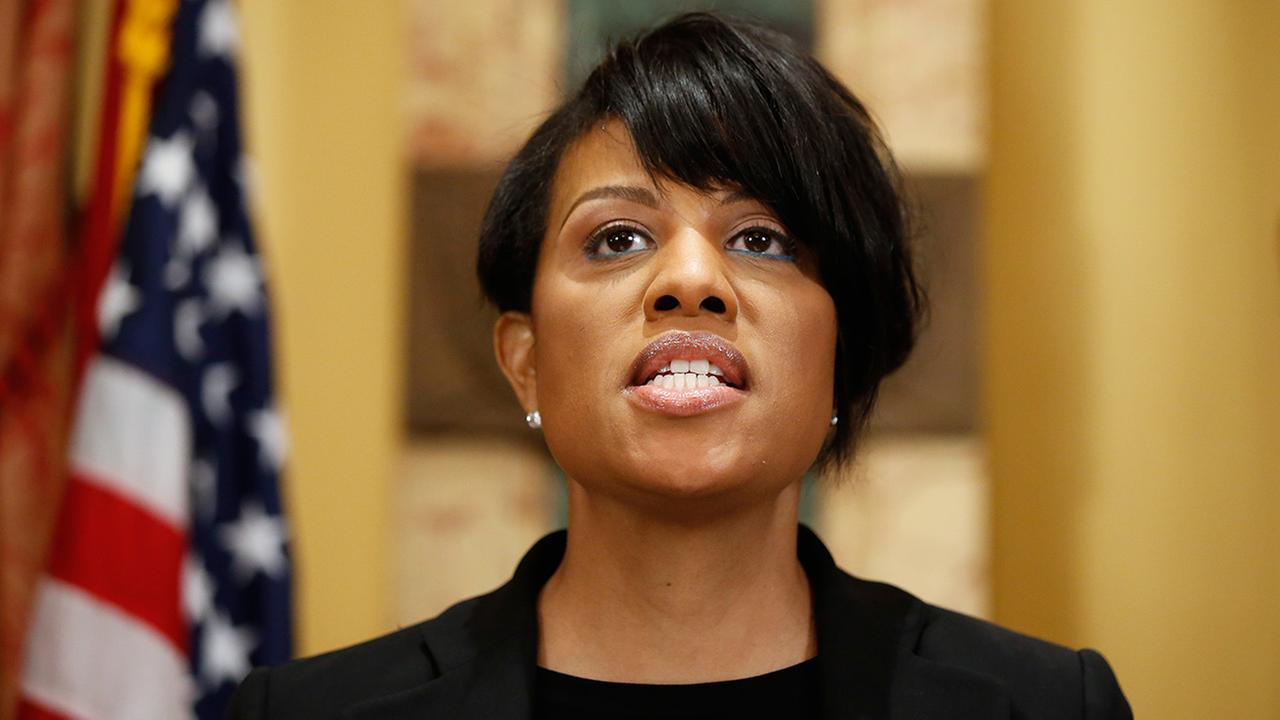 Mayor Stephanie Rawlings-Blake speaks during a media availability at City Hall, Friday, May 1, 2015 in Baltimore.