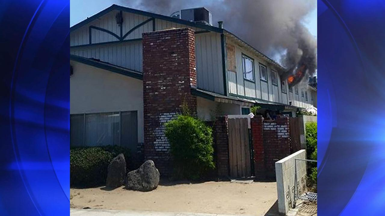 A fire broke out at an apartment complex on Ashlan Avenue near Fresno Street in Central Fresno on Sunday, May 24, 2015.