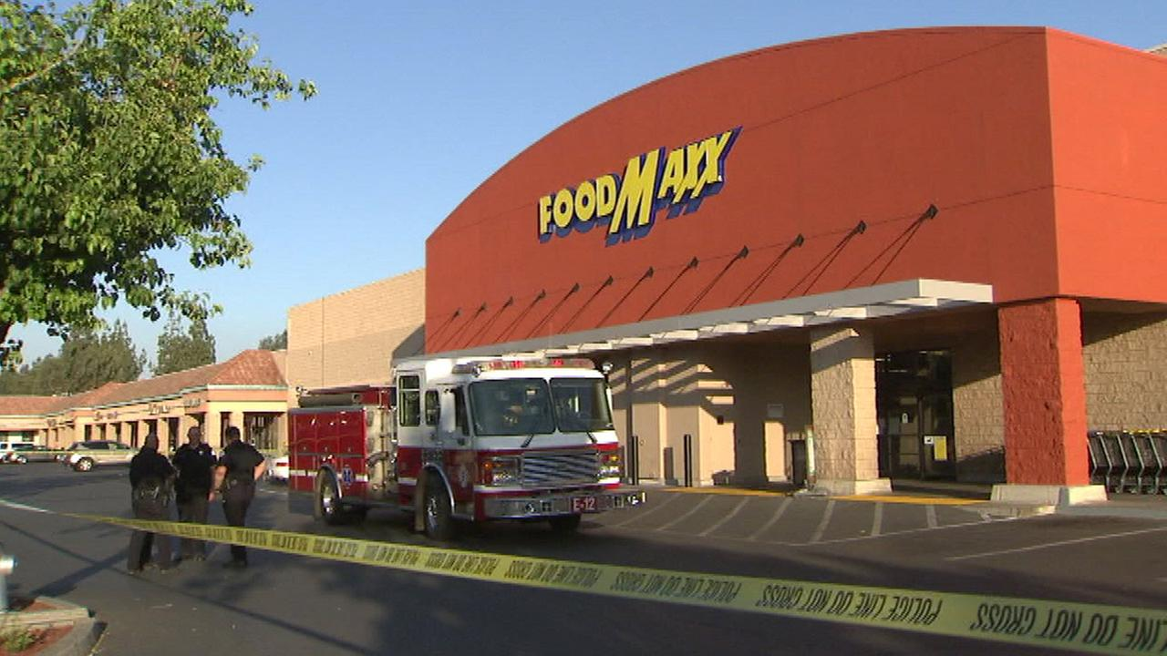 Odor prompts evacuation of Northwest Fresno FoodMaxx