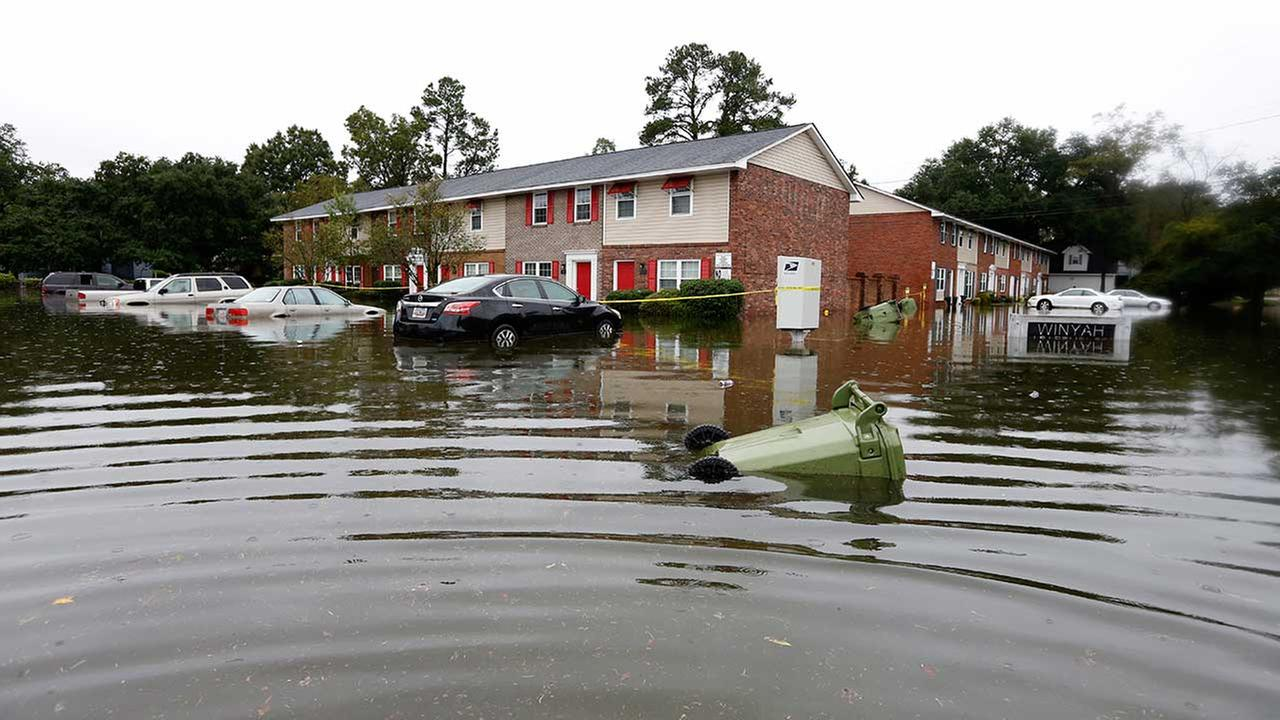 Historic South Carolina floods: Heavy rain, hundreds rescued