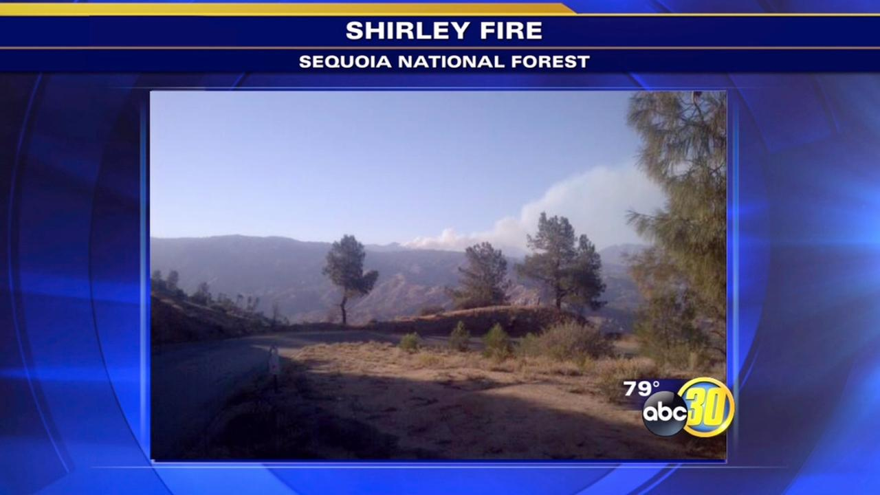 15-acre fire burning in Sequoia National Forest - 2