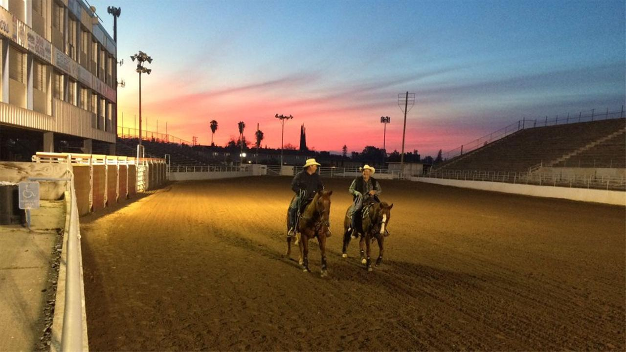 Gorgeous sunrise this AM at the Clovis Rodeo Gounds! Were saddling up for this years Ranch rodeo